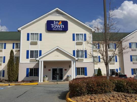 Hotel bilder: InTown Suites Baton Rouge