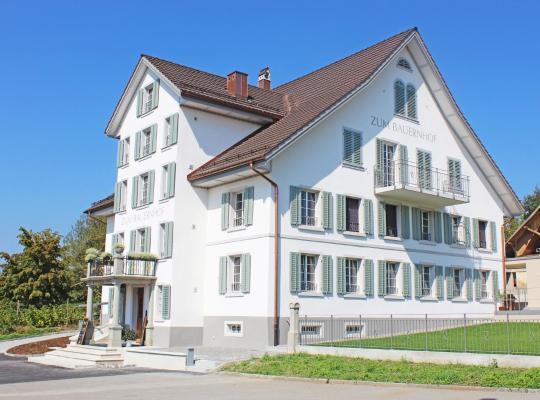 Fotos do Hotel: Gasthaus zum Bauernhof