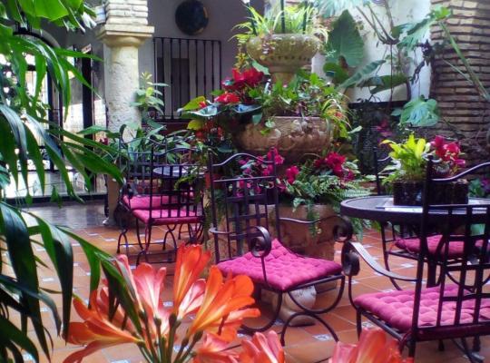 Hotel bilder: Pensión Los Arcos