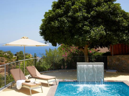Foto dell'hotel: Pleiades Luxurious Villas