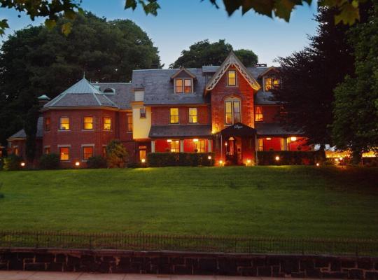 Фотографии гостиницы: The Sayre Mansion