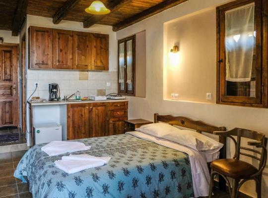 Φωτογραφίες του ξενοδοχείου: Kastania Gi