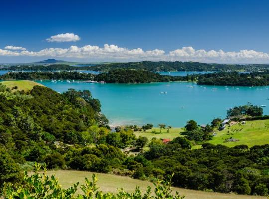 Хотел снимки: Te Whau Lodge