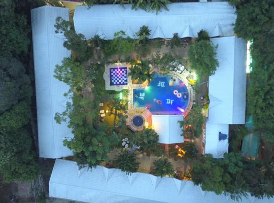 Фотографії готелю: Deep Forest Garden Hotel