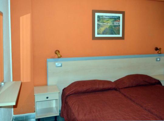 Фотографії готелю: Apartamentos Green Park