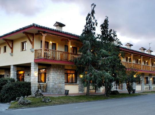 호텔 사진: Hotel Rural Spa&Wellness Hacienda Los Robles