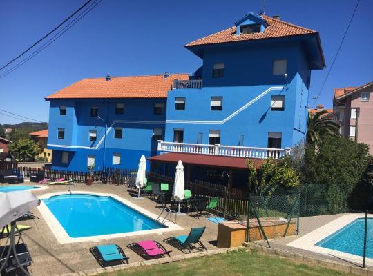 Хотел снимки: Hotel Azcona