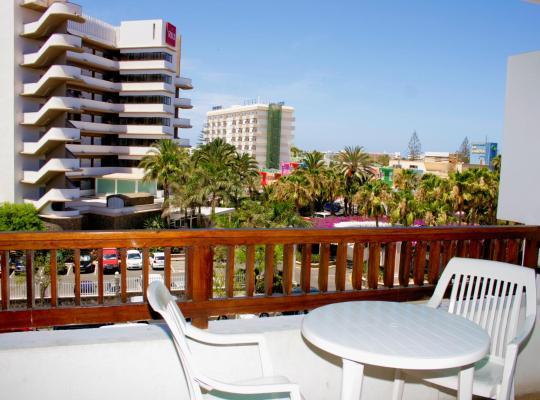 Hotel Valokuvat: Apartamentos Fayna
