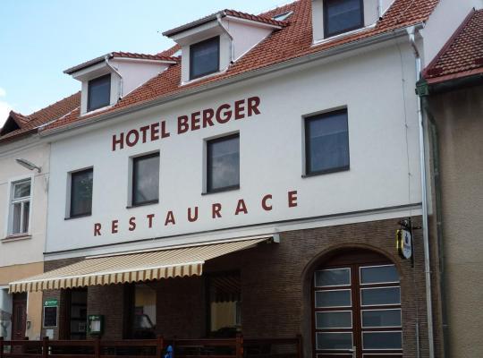 Fotografii: Hotel Berger