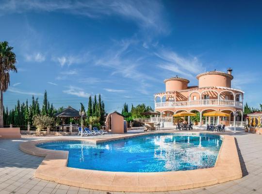Hotel bilder: Pensión Los Caballos