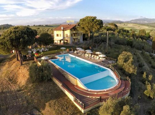 Hotel bilder: Tenuta La Lupa