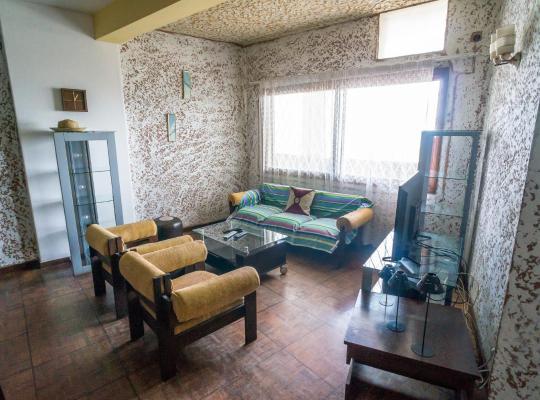 酒店照片: Apartment with services in 24 de Julho