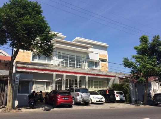 Hotel photos: Granada Syariah