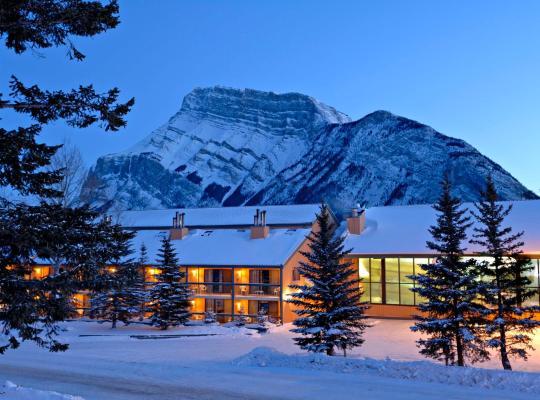 Viesnīcas bildes: Douglas Fir Resort & Chalets