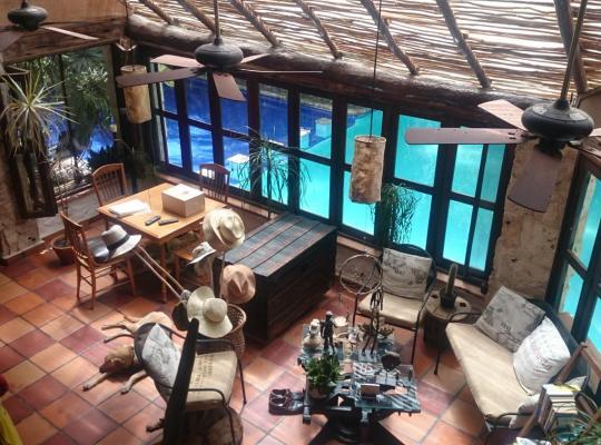 ホテルの写真: Casa en la Selva a 15 min aeropuerto