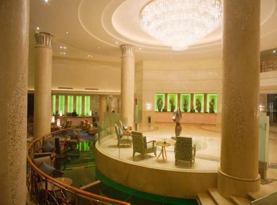 Fotos de Hotel: New Century Grand Hotel Kaifeng