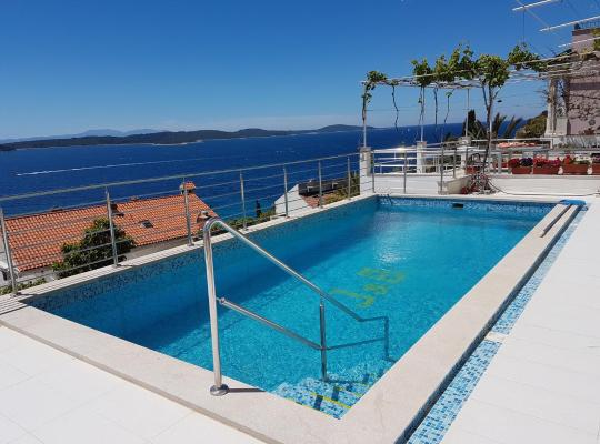 Fotos de Hotel: J&B Holiday House Hvar