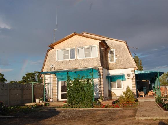 Гостевой дом Семейный Дворик, Дубовка