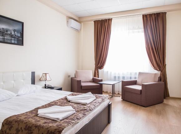 Отель Авиатор, Энгельс