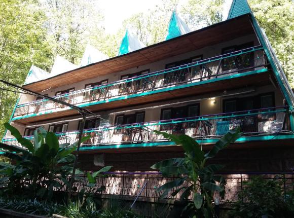 Отель Изумруд, Южный