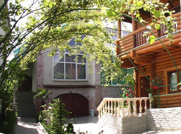 Гостевой дом Эдельвейс на Киевской, Адлер