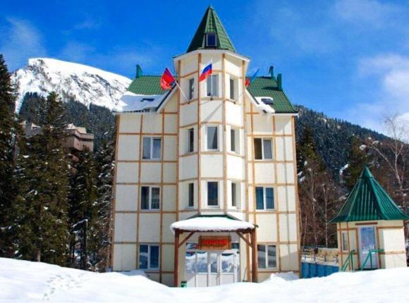 Гостиница Арючат, Домбай