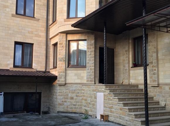Гостевой дом Апартаменты в центре города, Нальчик