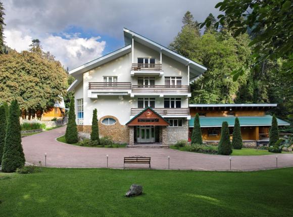 Отель Белалакая, Домбай