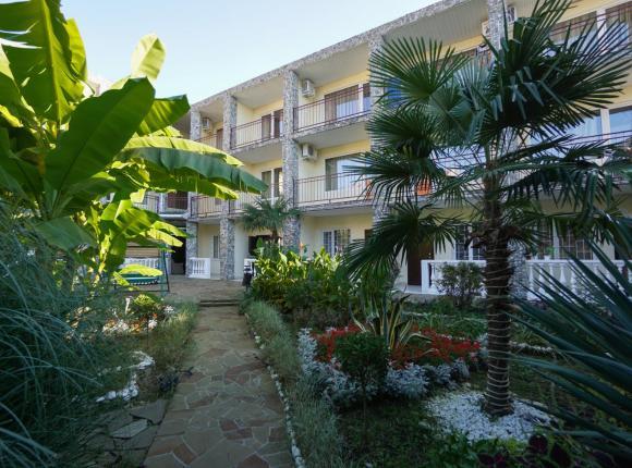 Отель Виамонд, Лоо
