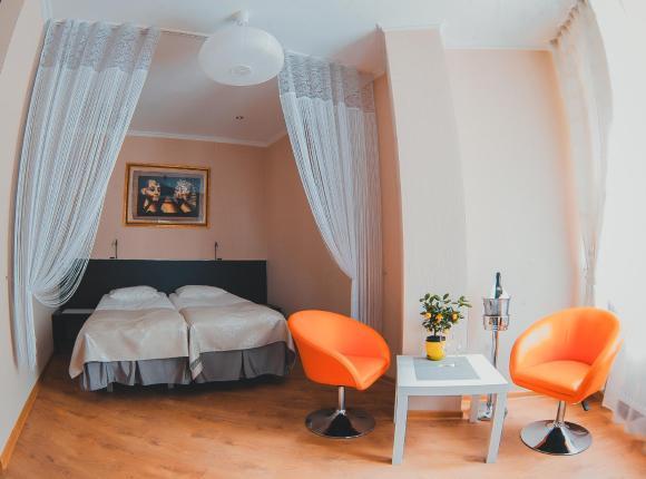 Гостиница Круиз, Пионерский