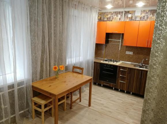 Апартаменты на проспект Строителей 27, Альметьевск