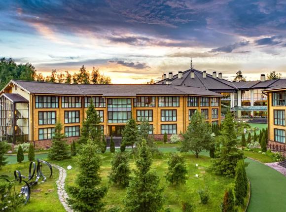 Загородный отель LES Art Resort, Дорохово