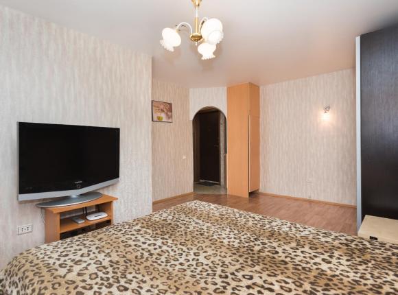 Апартаменты Марьин Дом на Азина, 39, Екатеринбург