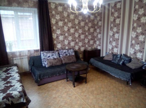 Семейный отель Дом на Октябрьской, Валдай, Новгородская область