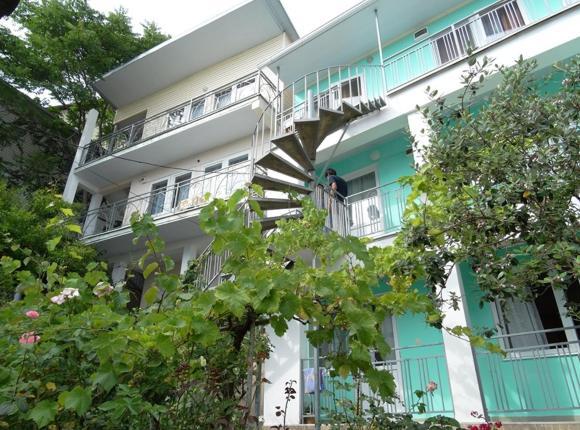 Гостевой дом На Мирной 2, Лазаревское