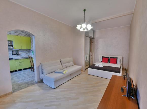 Квартира 1-комнатная на Мира 112, Москва