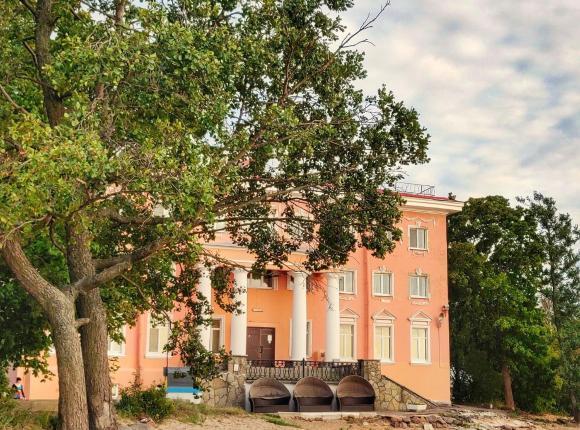 Отель Кантри, Сестрорецк