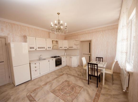 Квартира на Сульжинского, Геленджик