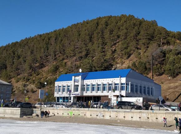 Гостиница Прибой, Листвянка