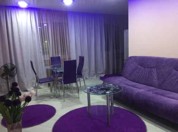 Apartment on Leninskiy Prospekt 39A, Норильск