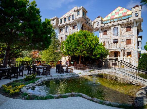 Отель Замок у моря, Сочи