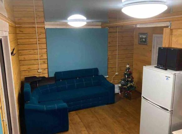 Baikal_ice_house, Большое Голоустное