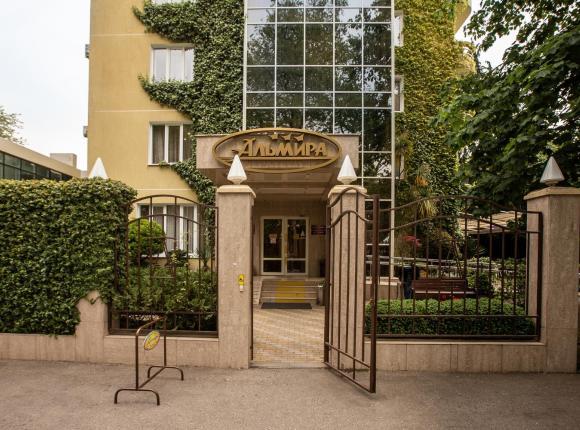 Отель Альмира, Адлер