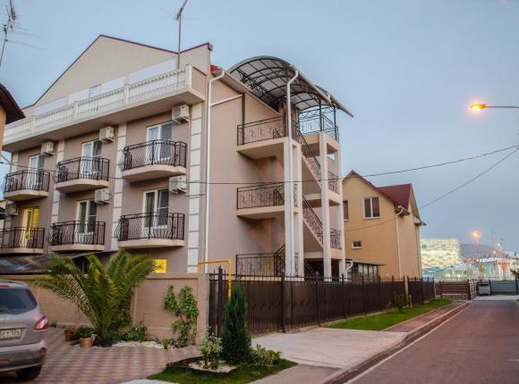 Гостевой дом Александра на Камышовой, Адлер