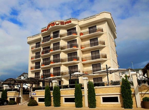 Отель Цитрус, Адлер