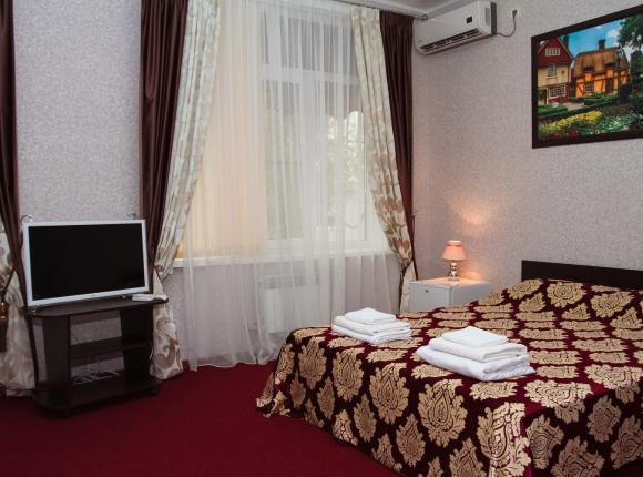 Отель Баден Баден, Волжский