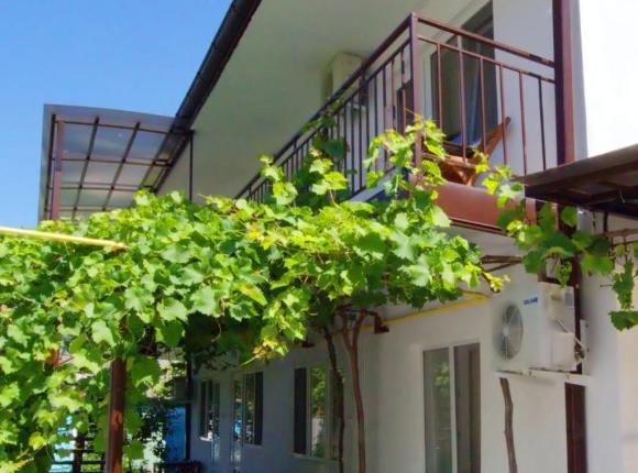 Гостевой дом Уютный дворик на Тургенева, Анапа