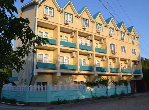 Гостевой дом Изумруд, Джубга