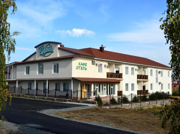Отель Полянка, Зелёная Поляна