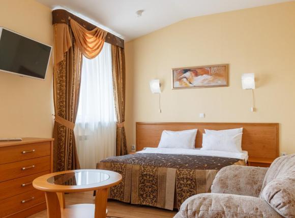 Отель Ингрия, Колпино